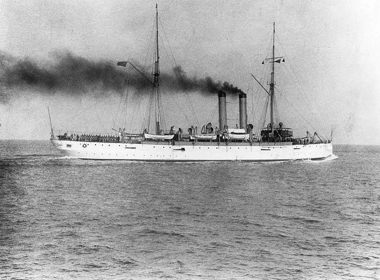 El USS Denver, que el 1ero de Mayo de 1924 desembarcó marines para mediar en el conflicto civil de Honduras.