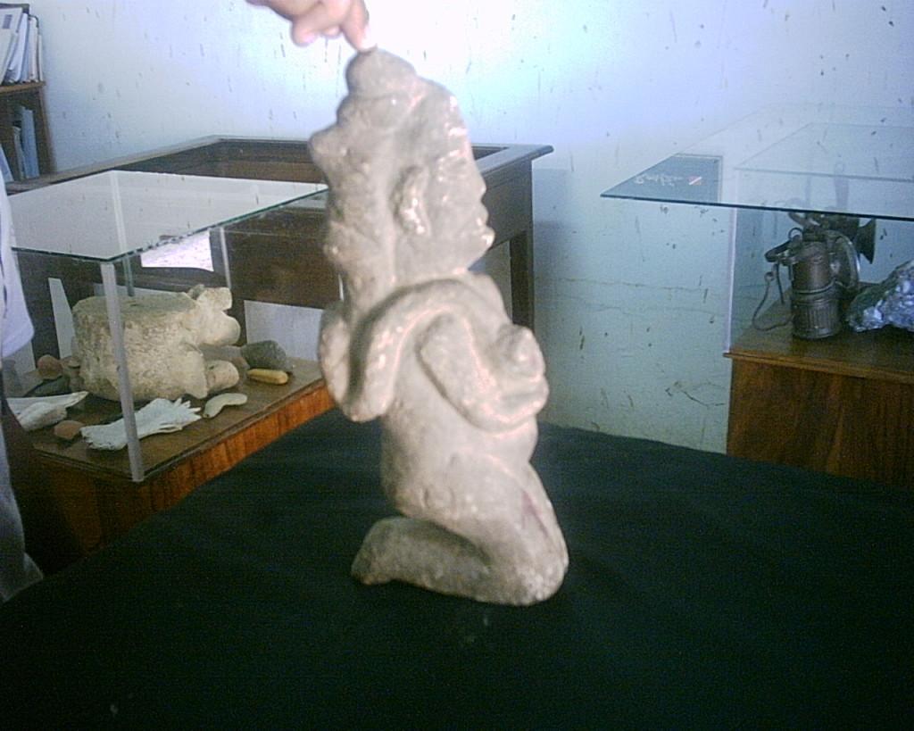 Choluteca paraso turstico y cultural el pulso mujer como smbolo de maternidad tallada en piedra hallada en 1930 marcovia fandeluxe Choice Image