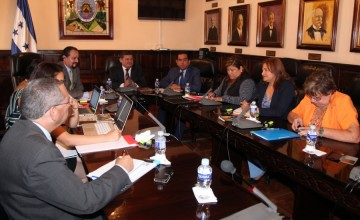 Reunión de la Comisión de Asuntos Electorales con Jacobo Domínguez, de la MACCIH. (Congreso Nacional)