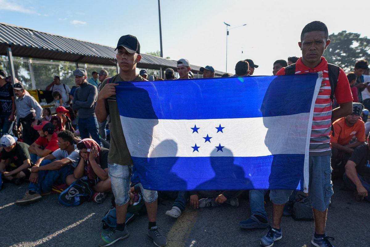 Honduras toma medidas contra inmigración irregular ante formación de nueva caravana