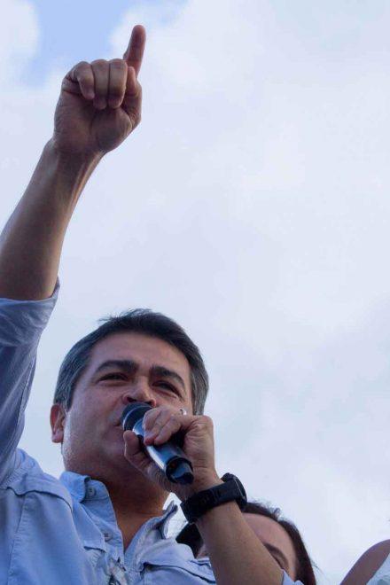 JOH promete nuevo sistema anticorrupción