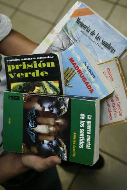 Diez libros para diez autores: un mapa para navegar la literatura hondureña
