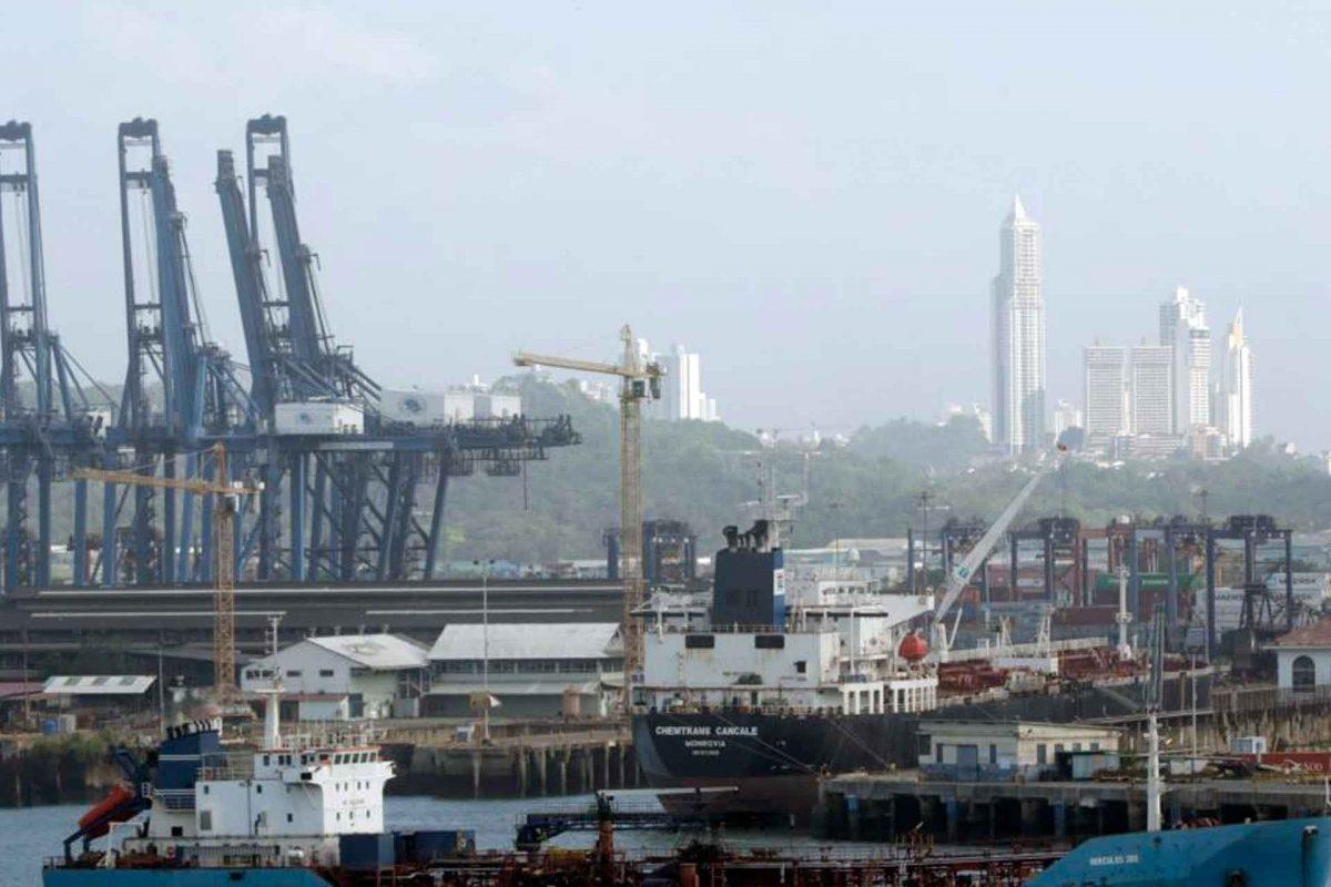 Panamá regresa a la lista negra de paraísos fiscales de la UE