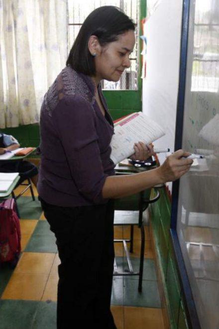 Alrededor de 32 mil docentes se necesitan para cubrir sistema educativo