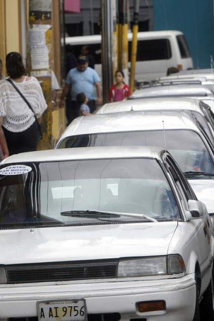 A favor y en contra de los taxis VIP