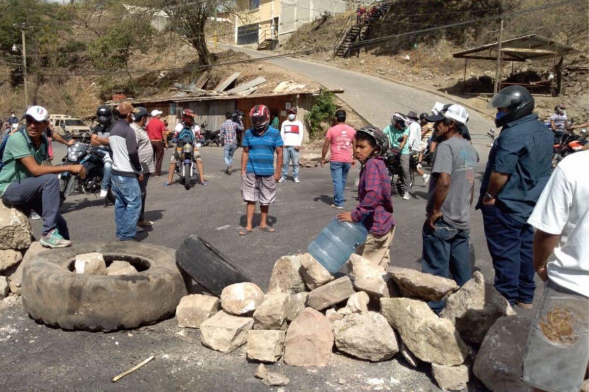 Falta de alimentos y agua provocan protestas en varios sectores del país
