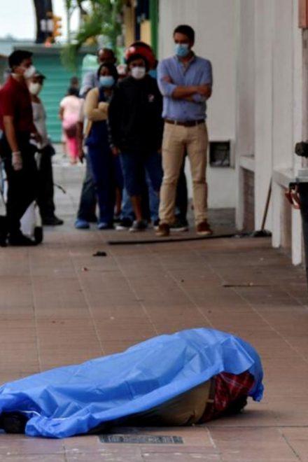 Ecuador entre el colapso sanitario y noticias falsas