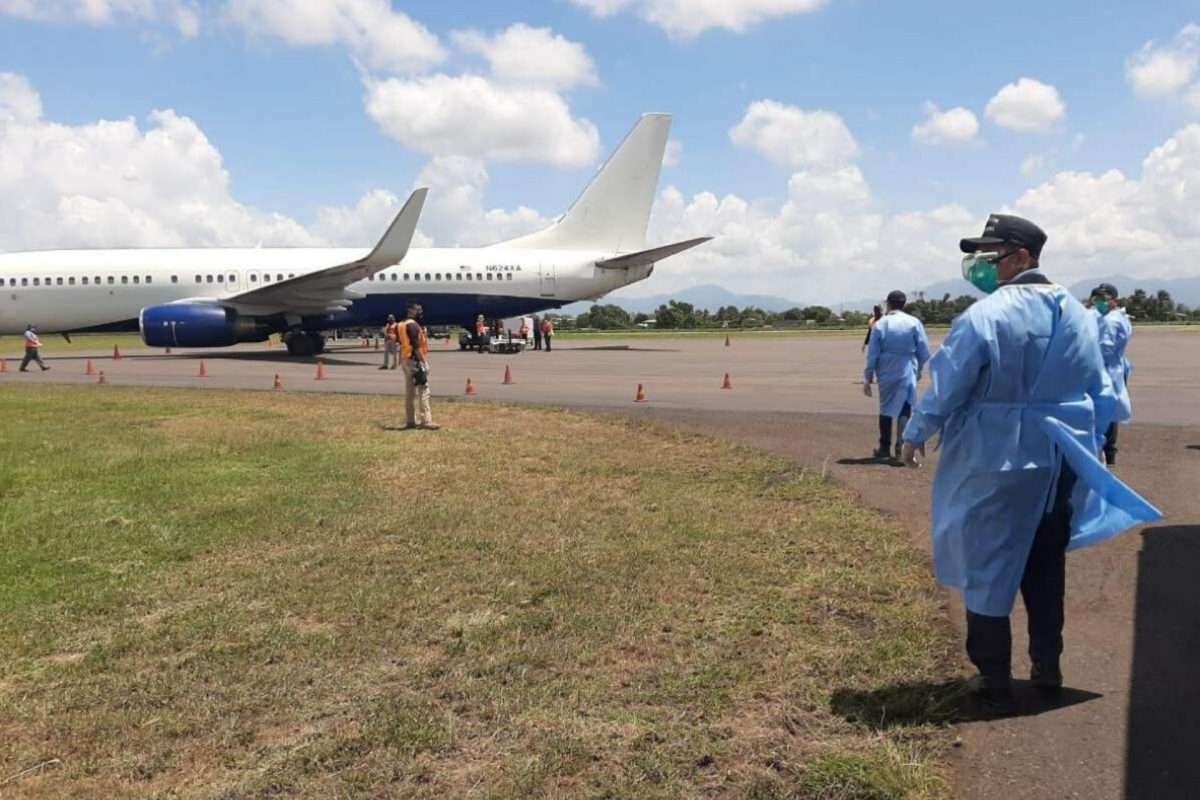 Pese a pandemia de Covid-19 siguen llegando hondureños deportados
