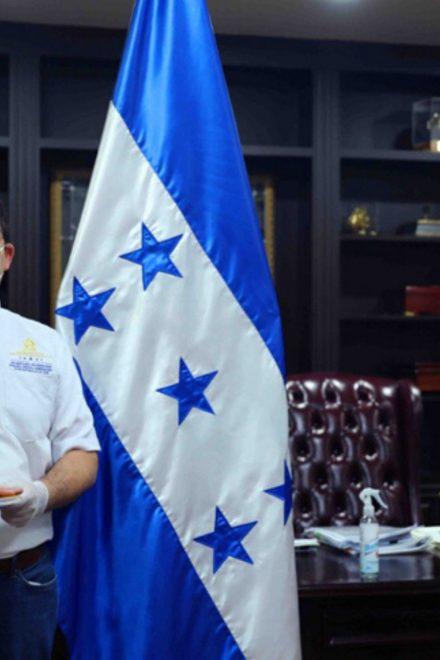"""Juan Orlando Hernández anuncia """"Gobierno Digital"""" y feria virtual"""