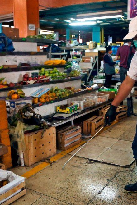 Costa Rica presenta plan para reabrir economía tras tener el covid-19 bajo control