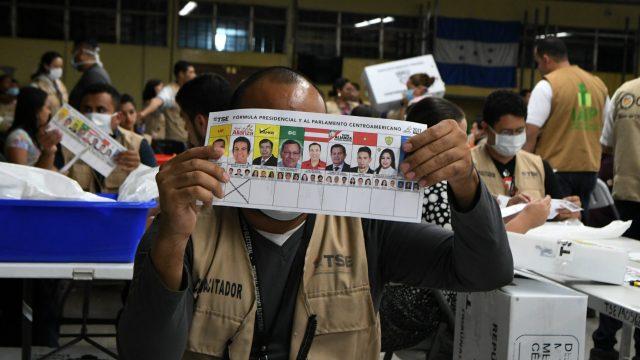 http://elpulso.hn/wp-content/uploads/2020/06/honduras_elecciones-recuento-scaled-640x360.jpg