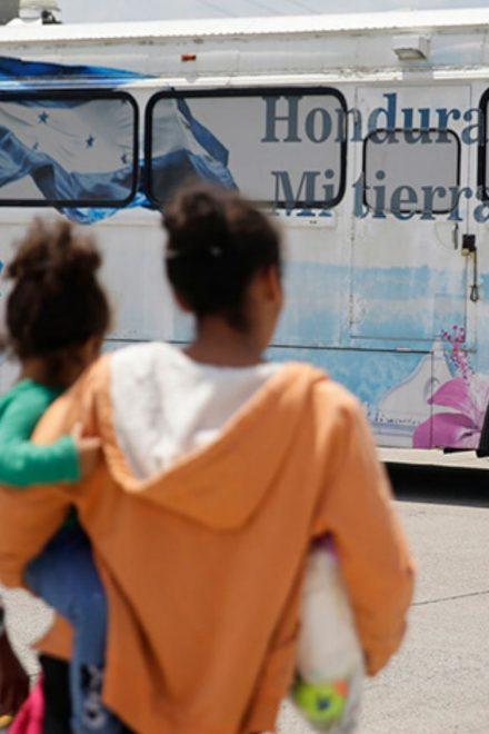 Sin muchas oportunidades y peores condiciones enfrentan migrantes retornados