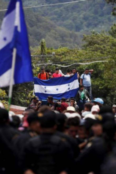 """Nueva caravana migrante es un """"suicidio"""""""