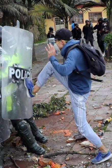 Protestas en Colombia contra abuso policial dejan siete muertos