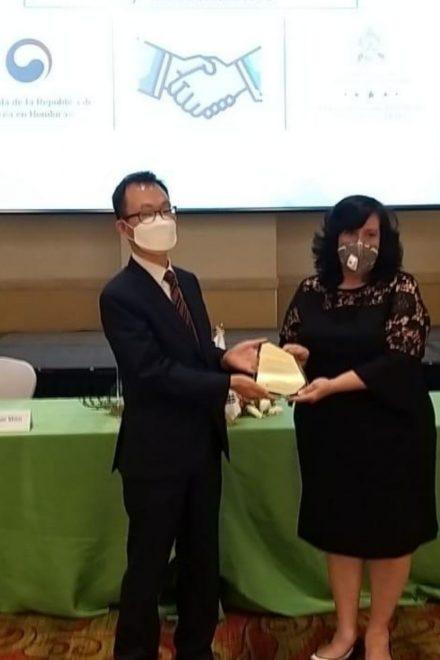 """Al ritmo del """"Candú"""", Corea del Sur y Honduras firman acuerdo cultural"""