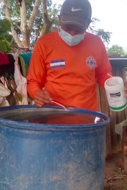 Al igual que el Covid-19, casos de dengue siguen en aumento