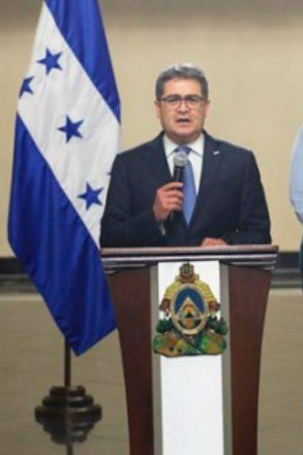 Presidente Juan Orlando Hernández mueve piezas en su gabinete de gobierno