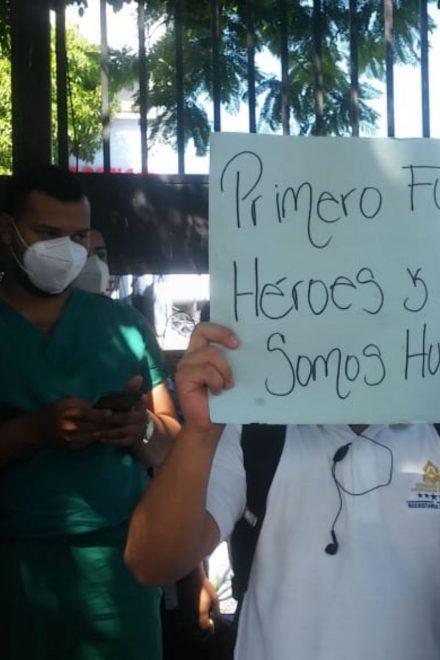 """""""Recibimos una burla, como humillaban al personal de salud que ha estado expuesto"""":Suyapa Sosa"""