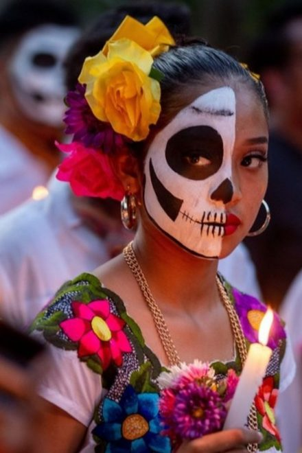 Pandemia cambia celebraciones del Día de los Muertos en México