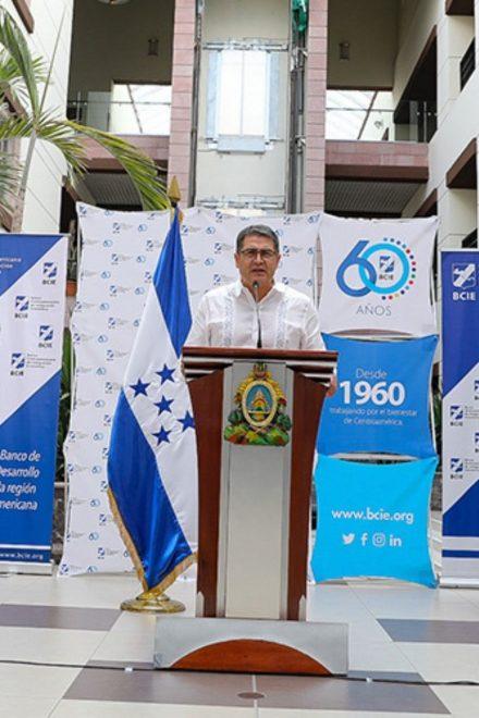 Centroamérica solicita asistencia tras devastación de huracanes y COVID-19