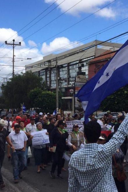 """""""Sin reclamar al gobierno, vamos a caer en una situación de conformismo"""": Carlos Reina"""