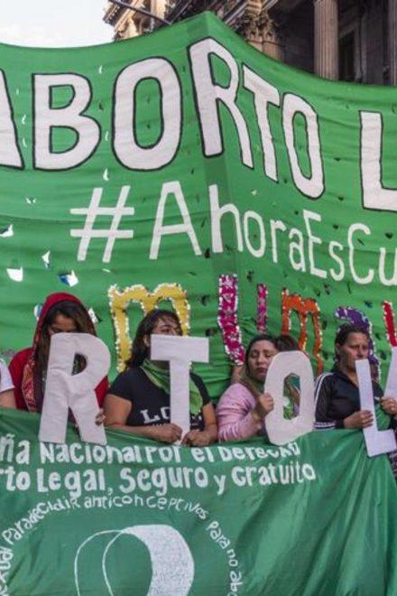 Argentina pone en marcha el aborto legal
