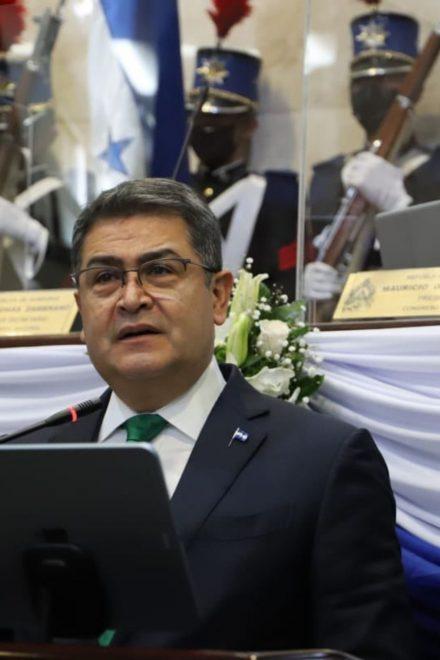 """JOH sostiene que Honduras """"no es ni sombra del país dominado por delincuentes como lo era cuando empezamos"""""""