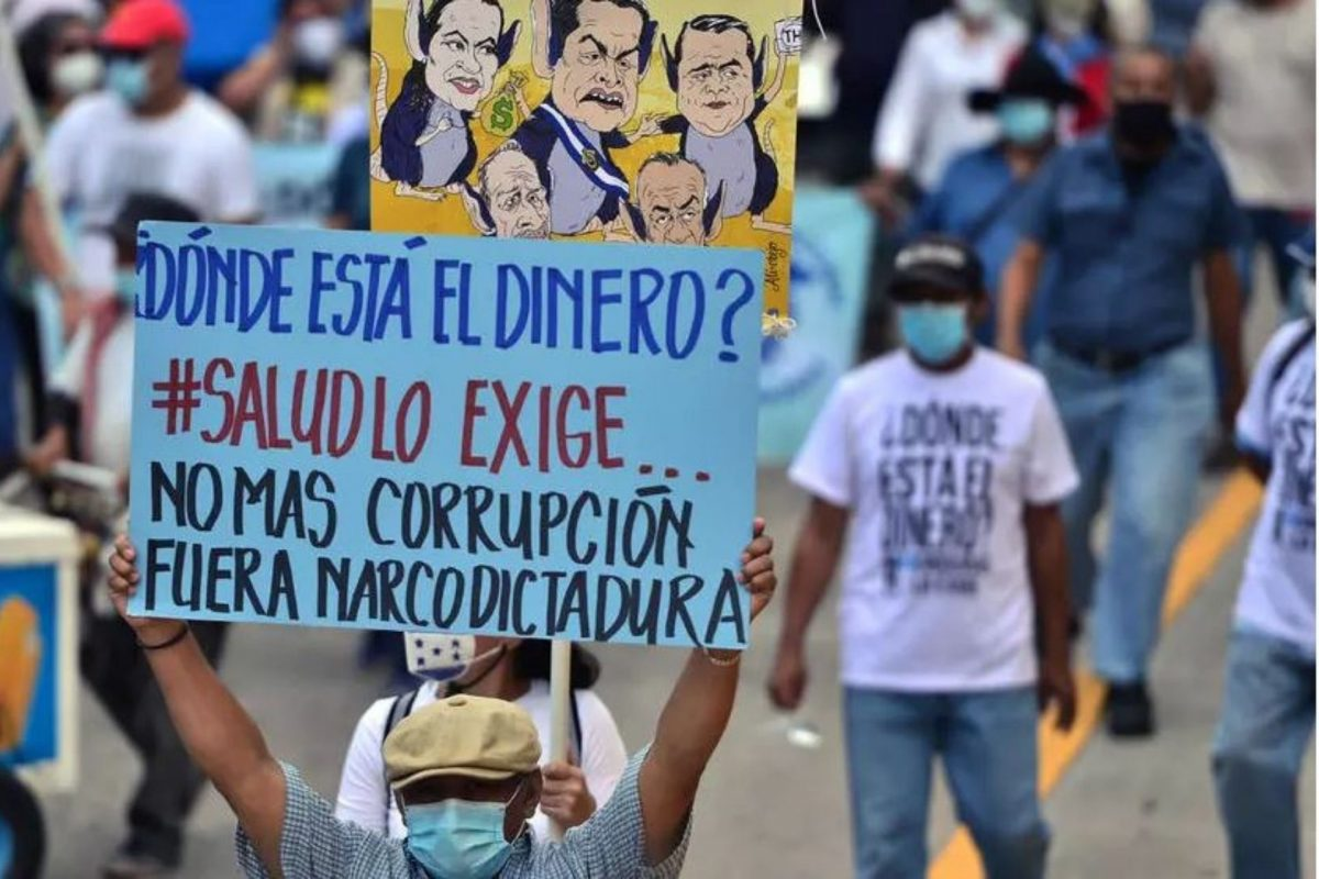 En medio de denuncias de corrupción Honduras cumple un año enfrentando la pandemia