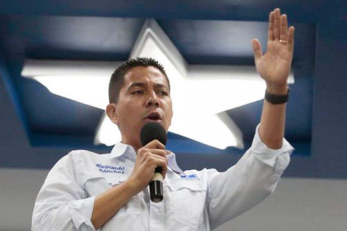 Nacionalistas exhortan a Hernández continuar en el poder