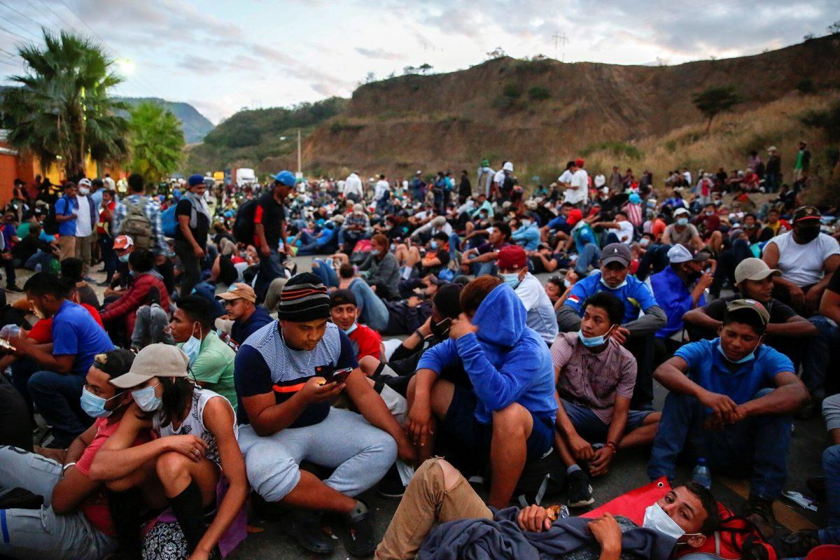 El Paso acoge a los primeros solicitantes de asilo que llegan a Texas desde México