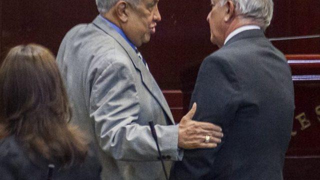 https://elpulso.hn/wp-content/uploads/2021/04/Celin-Discua-Mauricio-Oliva-Congreso-Nacional-640x360.jpg