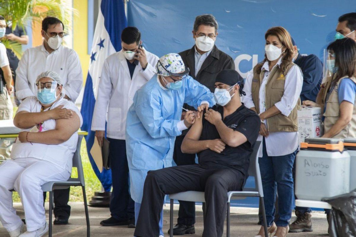 Vacunación desigual en Centroamérica: Nicaragua, Honduras y Guatemala rezagados