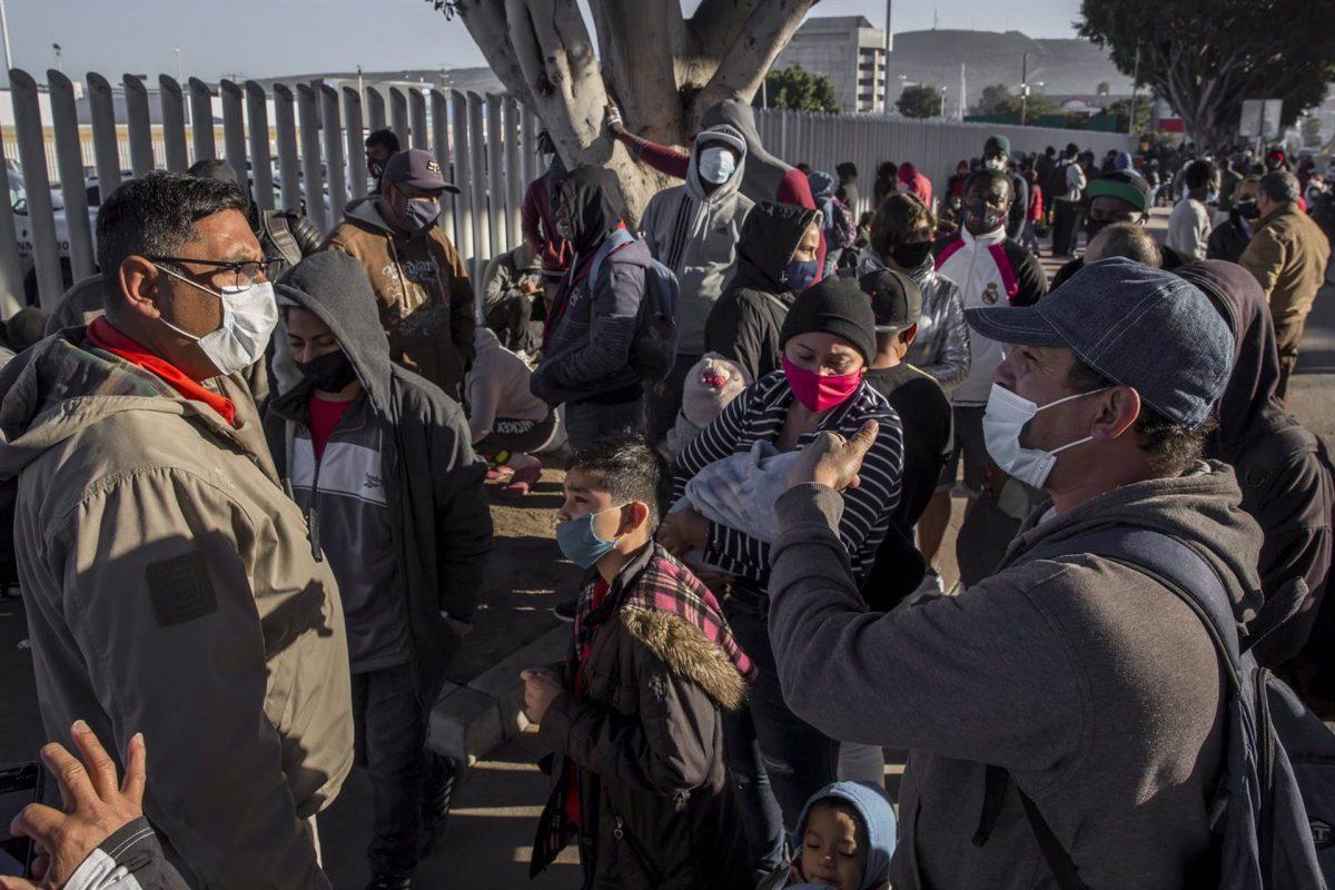 México detiene a 241 migrantes centroamericanos y deporta a 89 cubanos