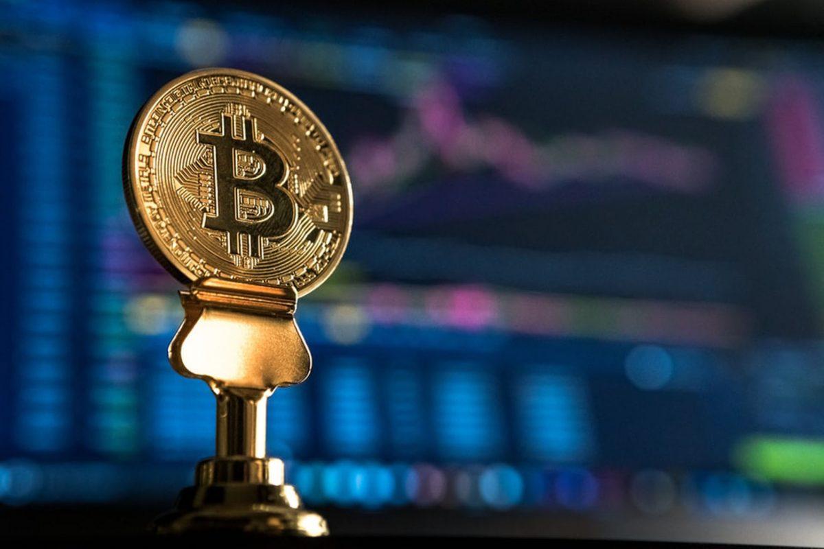 Economistas temen que uso del bitcóin en Honduras sea para lavar dinero