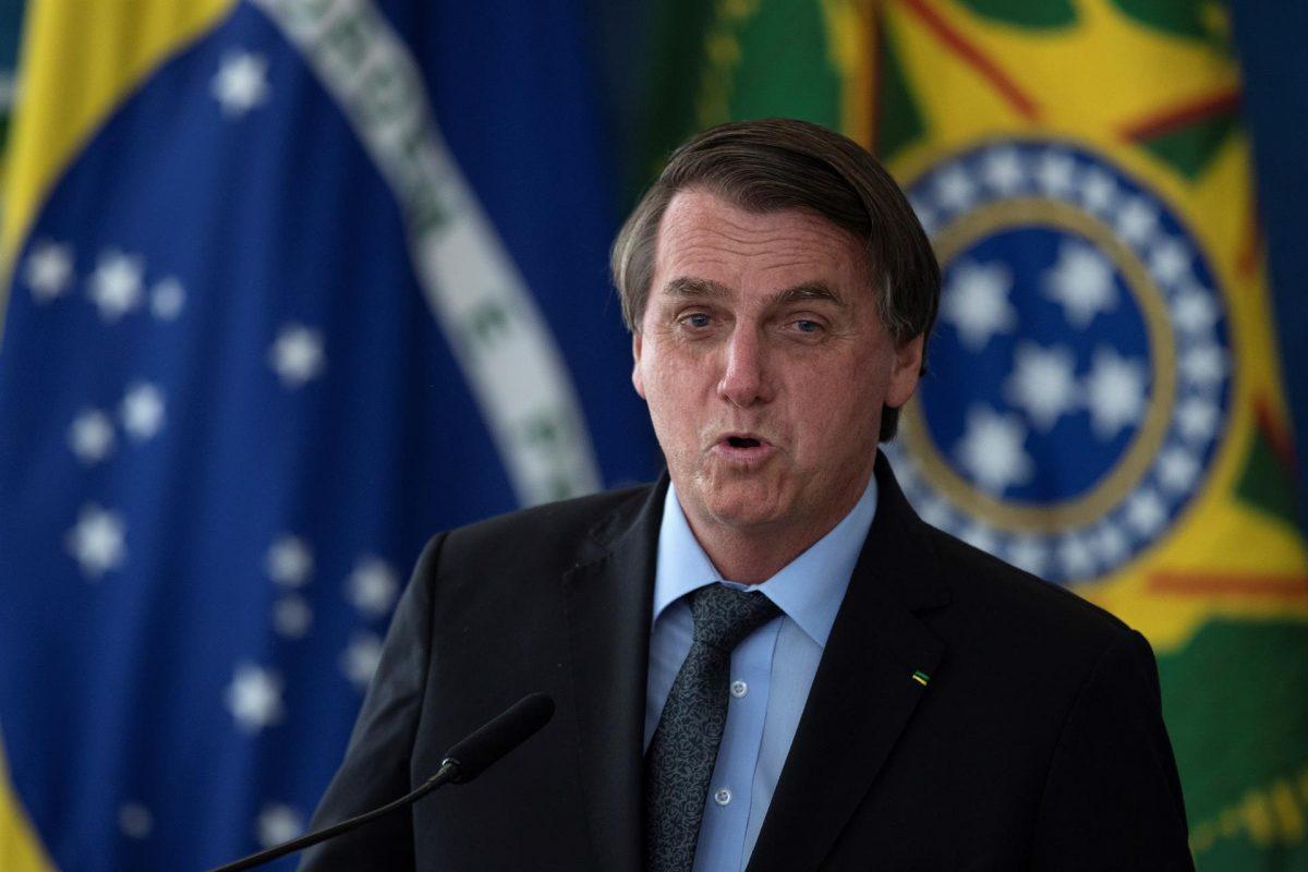 Comisión que investiga pandemia en Brasil pide «suspender» a Bolsonaro de redes sociales