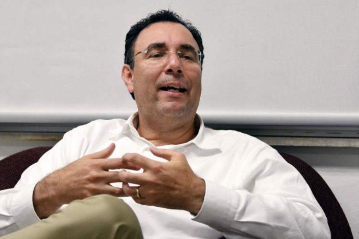 """Luis Zelaya asume que el mayor acto de liberalismo """"es no apoyar a Yani Rosenthal"""""""