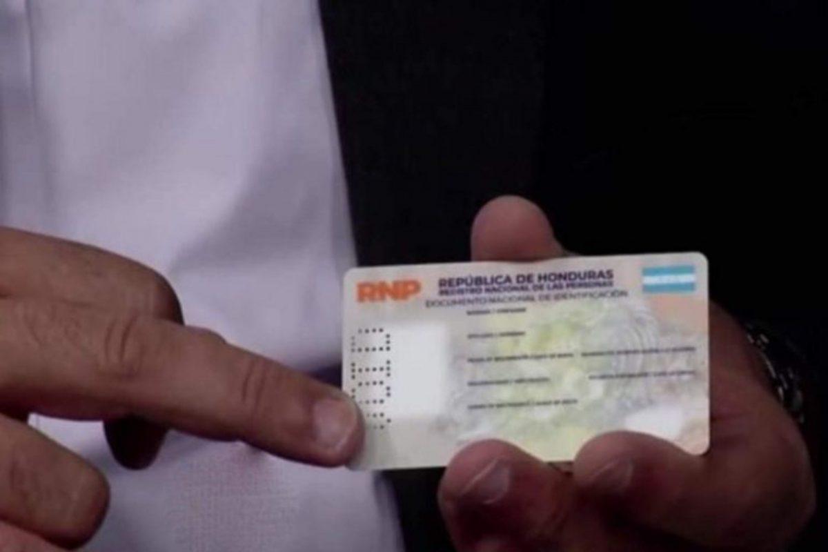 Diputado denuncia cuatro millones de inconsistencias en el enrolamiento; RNP lo niega